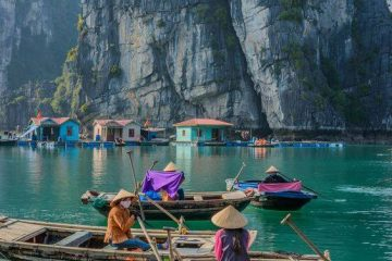 Halong bay budget one day trip