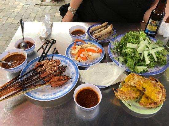 bale-well Hoi an restaurant