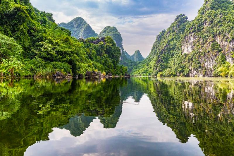 Bai Dinh Trang An private tour