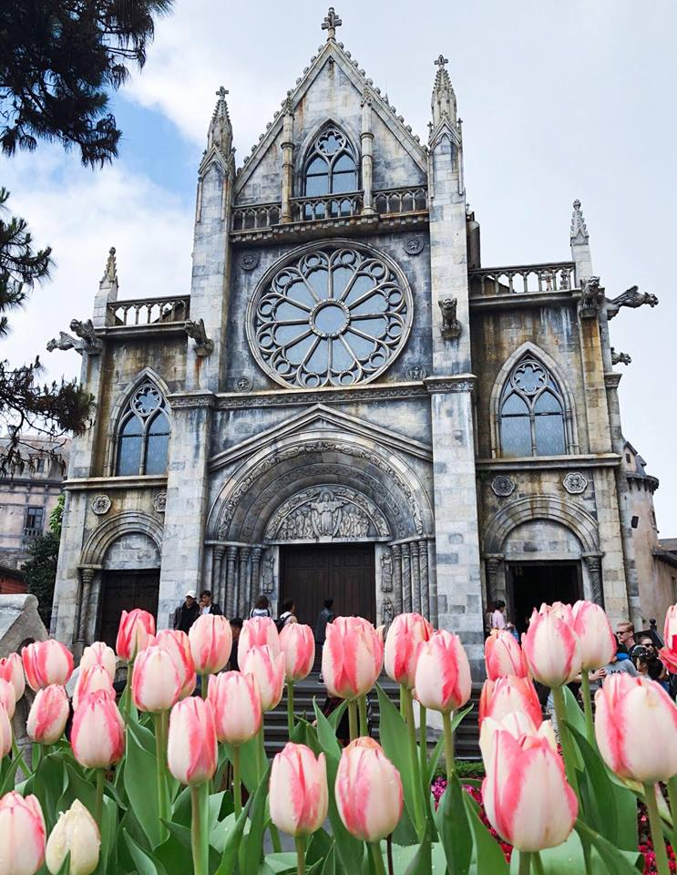 Ba Na Hills French Cathedral