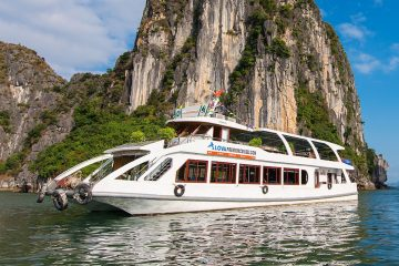 Halong Bay Deluxe day trip