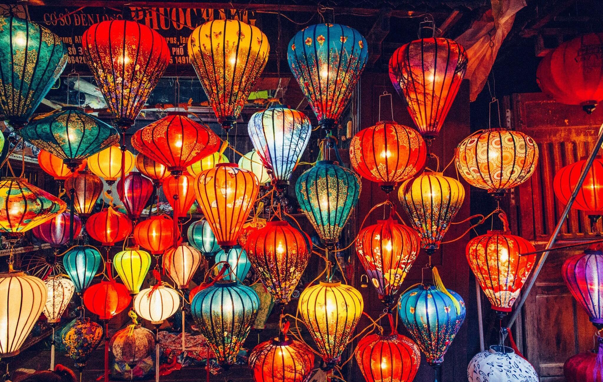 Lantern Night Market Hoi An