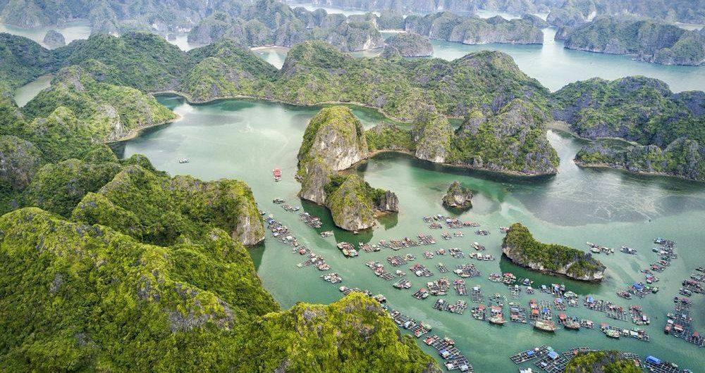 Difference between Halong Bay and Lan Ha Bay