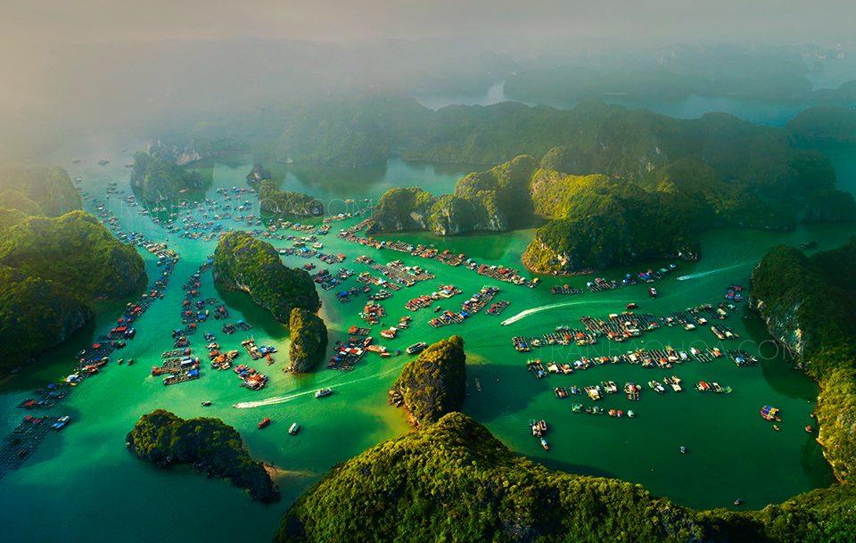 Lan Ha Bay and Halong Bay