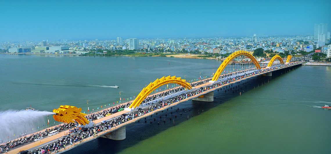 Where to exchange money in Danang
